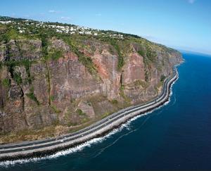 Route en corniche Saint Denis de La Réunion