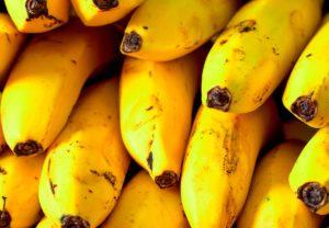 La banane figue, le fruit de la saison à la Réunion